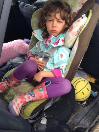 lyra-car-seat-vicki_mxtkqt